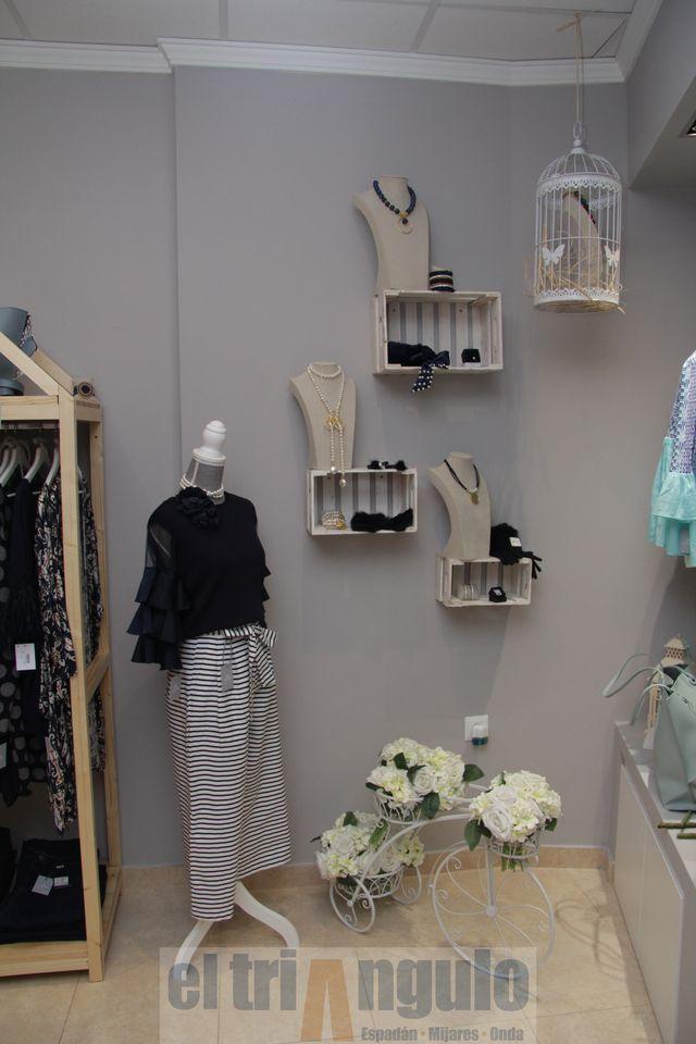 9b0ceddc654a El triángulo » La tienda de ropa y complementos Carola Art abre sus ...